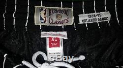 2 pairs Mitchell & Ness NBA Mens Swingman Shorts XL Magic black and Bulls Green