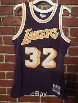 Los Angeles Lakers Magic Johnson Mitchell & Ness Swingman Jersey Medium