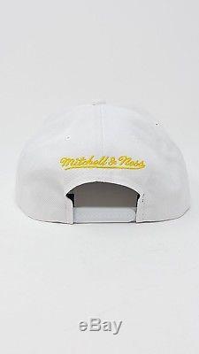 901f6958dd902 MITCHELL   NESS Bruno Mars 24k Magic Concert Tour Men s Adult White Snapback  Hat
