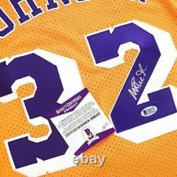 Magic Johnson auto Reebok Los Angeles Lakers Gold Home Soul Swingman Jersey BAS
