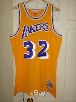 Mitchell & Ness Magic Johnson #32 LA Lakers 1984-85 Mens Authentic Jersey 48(XL)