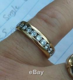 Very nice men's 14K gold diamond ring magic glo 14 diamonds wedding band