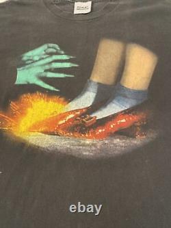 Vintage 1995 Stanley Desantis Wizard Of Oz Movie T Shirt Size L Ruby Slippers