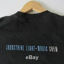 Vintage 90s Hook 1991 Movie ILM Industrial Light & Magic Crew Only Mens T-Shirt
