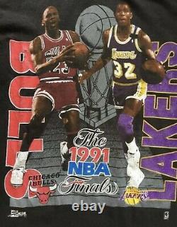 Vintage 90s Michael Jordan Magic Johnson Tee T Shirt L Black Salem BULLS LAKERS
