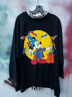 Vintage DISNEY MICKEY WIZARD Halloween Ghost Theme Mock Turtleneck Shirt