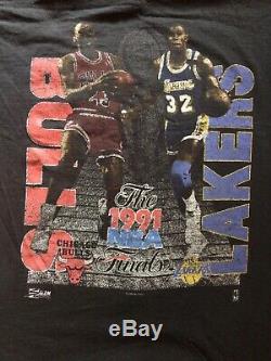 Vintage Salem Jordan Vs Magic Bulls Vs Lakers 91 NBA Finals T-shirt Size L